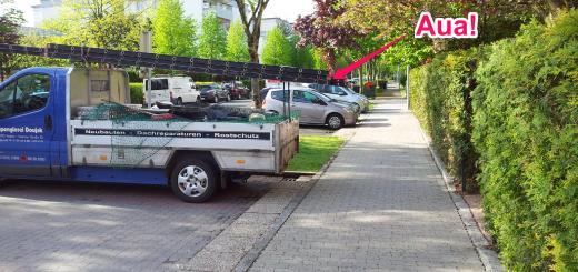 Foto: Leiter auf einem Transportwagen steht in Gehsteig.